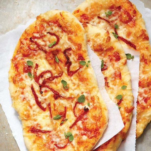 Three-cheese pizza with sun dried tomatoes recipe