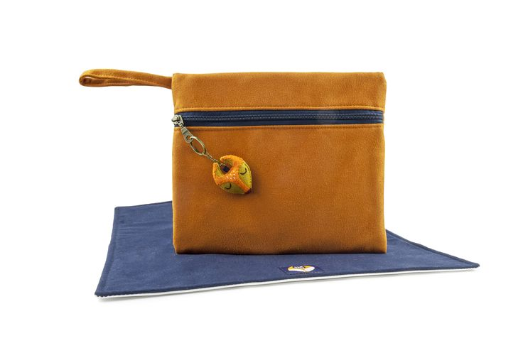 Bax & Bay  Luxury accessories for parents Orange Suede Clutch with Mat  www.baxandbay.com www.alegremedia.com #alegremedia