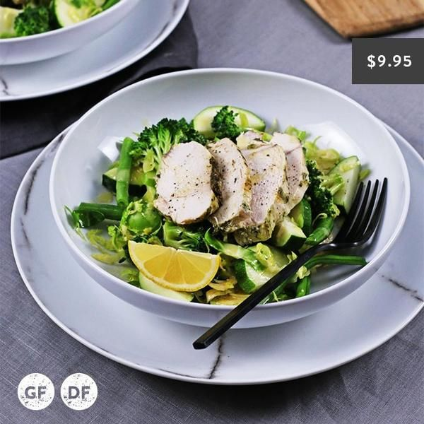 YouFoodz | Lean Chicken with Zesty Greens $9.95 | Tender, lean chicken on a bed of super clean greens with a zesty lemon dressing | #Youfoodz #HomeDelivery #YoullNeverEatFrozenAgain
