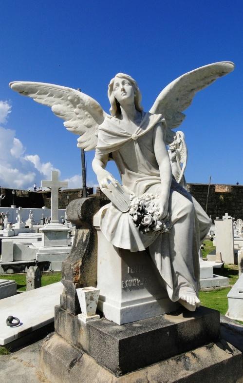 best stone angels images angel statues cemetery bitze wordpress com 2012 02 26