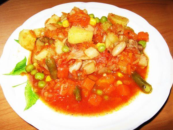 Вегетарианское овощное рагу в мультиварке из замороженных овощей