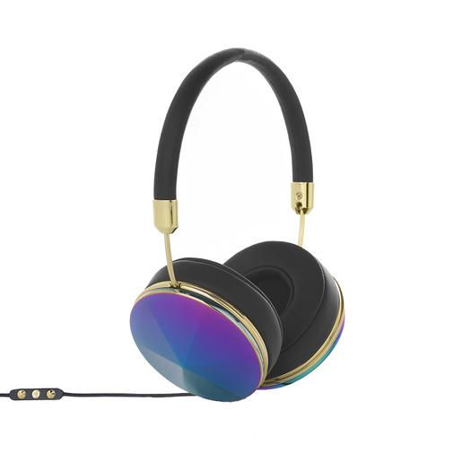 Try a pair of these amazing headphones that are perfect for running and working out. These headphones are great for activity and are comfortable. Stay stylish and jam out with one of these top-rated headphones.