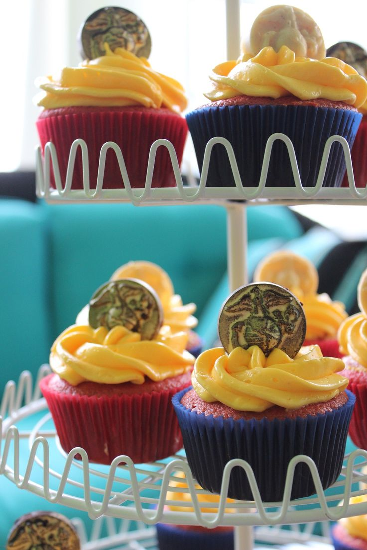 Marine Corps Cupcakes using eagle globe and anchor (EGA) candy mold from marine corps association store