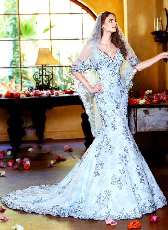 Beautiful wedding dress...!!!