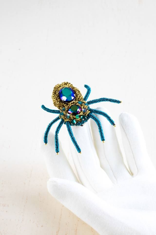 Hand embroidered Brooch ''Spider - George'' by Eve Anders. Handmade Jewelry design.