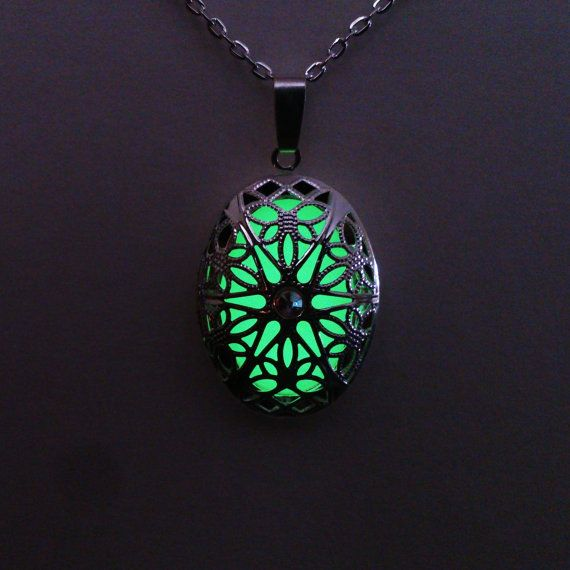 Locket Oval Glowing Necklace // Green Glowing Jewelry // Glow in the Dark  Pendant // Filigree Glow Necklace // Gifts for Her // 25x35mm
