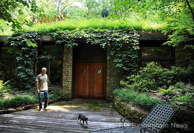 Jim mortensen had a plan to beat the high price of oil for Underground house design