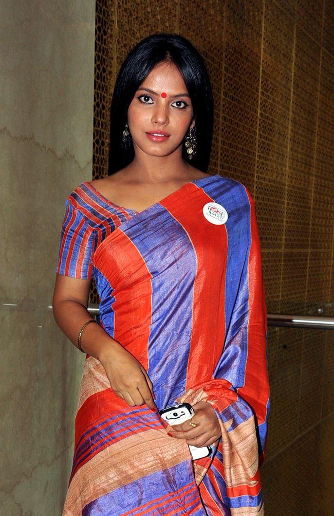 Neetu Chandra #Bollywood #Fashion