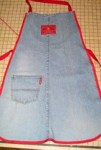 Can't bear throwing away a pair of old, well-loved jeans with rips in all the wrong places?  Turn them into an apron with this DIY tutorial!  I love the addition of back pockets.  I'd probably do more than one.