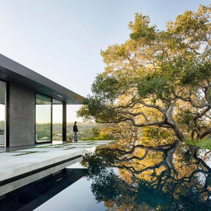 Oak Pass House by Walker Workshop
