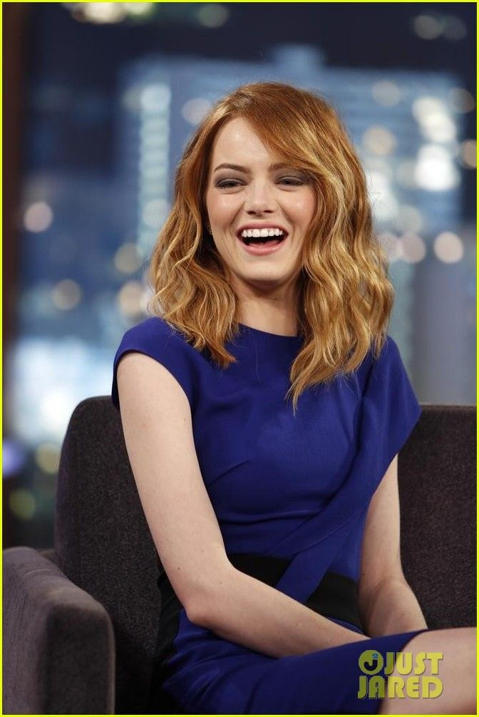 Emma Stone makes an appearance looking fabulous on Jimmy Kimmel Live! on Thursday (April 3) in Los Angeles.