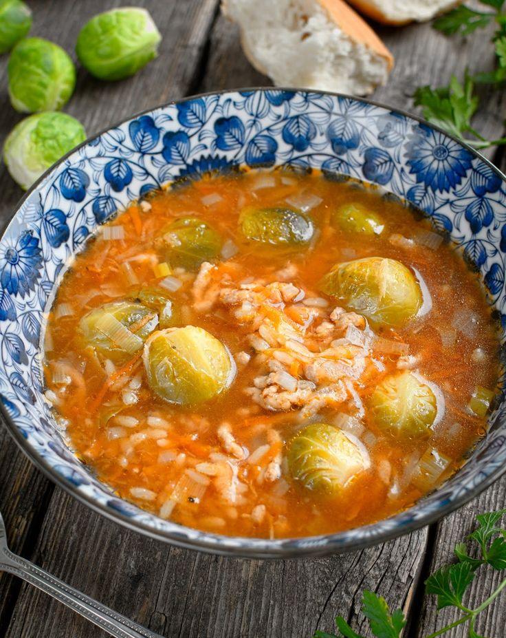 Gotuj z Cukiereczkiem: Zupa z brukselką, mięsem mielonym i ryżem