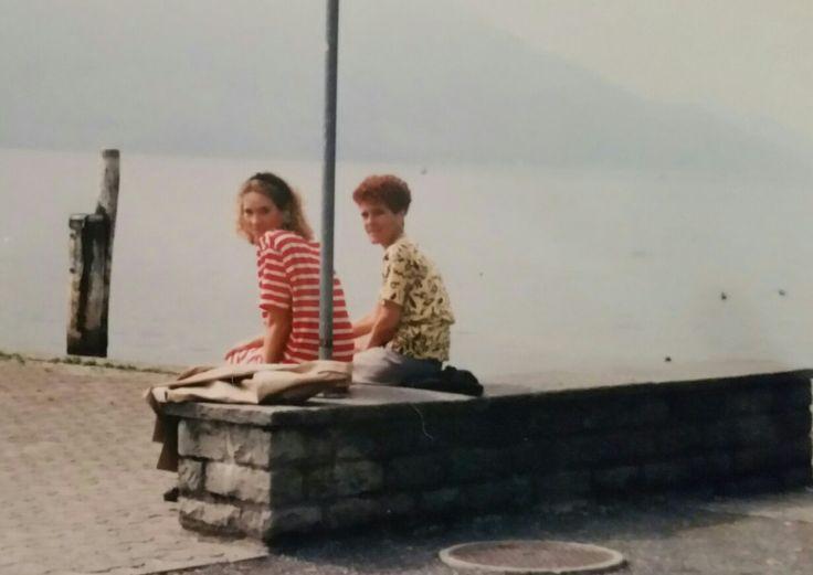 Met mijn moeder ❤(r.i.p) in Zwitserland waar we toen met de trein naar toe gegaan waren omdat mijn oma daar was opgenomen met een hartinfarct.Dit was voor mijn moeder de eerste keer in haar leven dat ze in het buitenland was...Gelukkig alles goed gegaan  met mijn oma.❤(.ik was hier denk ik 22 a 23 jaar.).sweet memories❤ Xxx