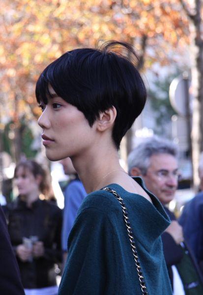 streetstyle-models-Tao-Okamoto-fashion-week-paris-pap-fs-2010-copyright-markert-modepilot-59