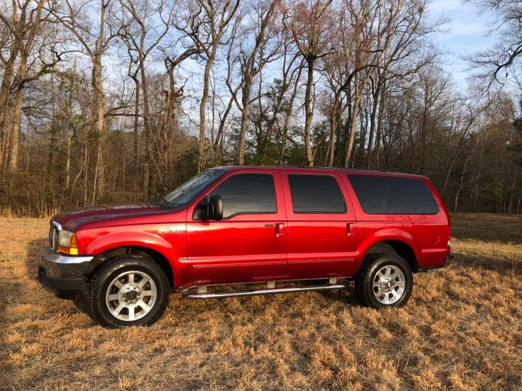 2000 Ford Excursion XLT 7.3 Diesel 4x4 2000 Ford Excursion 4x4 XLT 7.3 Diesel low miles RUST FREE NO RESERVE