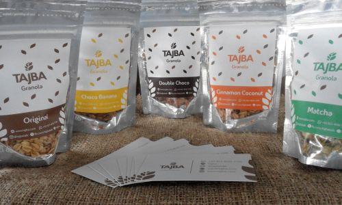 Tajba Granola dengan lima variannya dikemas dalam pouch berzipper sehingga aman dan praktis untuk dibawa-bawa. Tidak takut tumpah saat dibawa ataupun jadi tidak crunchy lagi  Tagged: aman bali crunchy denpasar granola kemasan lima pouch pouch berzipper praktis tajba tajba granola varian zipper  https://tajba.com/2017/11/22/tajba-granola-dalam-kemasan-pouch-berzipper/
