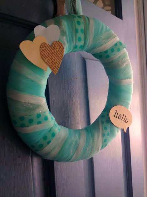 Shabby chic #babyshower wreath - love the book page heart, which ties in with the book theme!Shower Ideas, Vintage Baby Showers, Chic Babyshower, Babyshower Wreaths