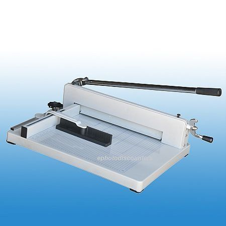 ePhoto 17″ Heavy Duty Desktop Paper Guillotine Cutter New. The brand newpaper cutter will cut up to 400 sheets of paper in one operation.