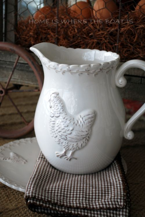 """This is a pretty way to incorporate farm animals into my kitchen without being """"tacky"""" or to """"country"""""""