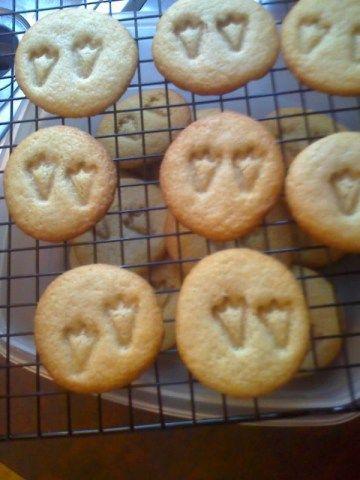 Dinosaur baby shower cookies