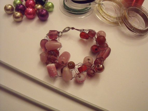 Chunky wire bracelet with pink glass beads