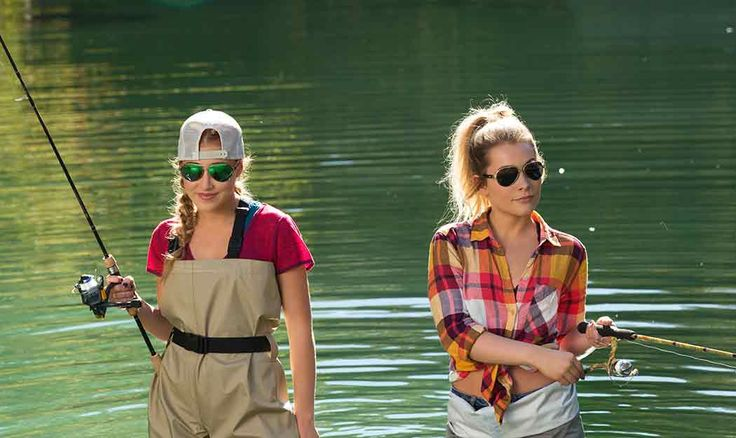 """Maddie & Tae's Video for """"Shut up & fish"""" - TOO FUNNY!"""