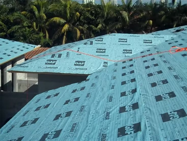 Best Roof Underlayments Review In 2020 Waterproof Breathable Roofing Felt Roll Roofing Synthetic Roofing