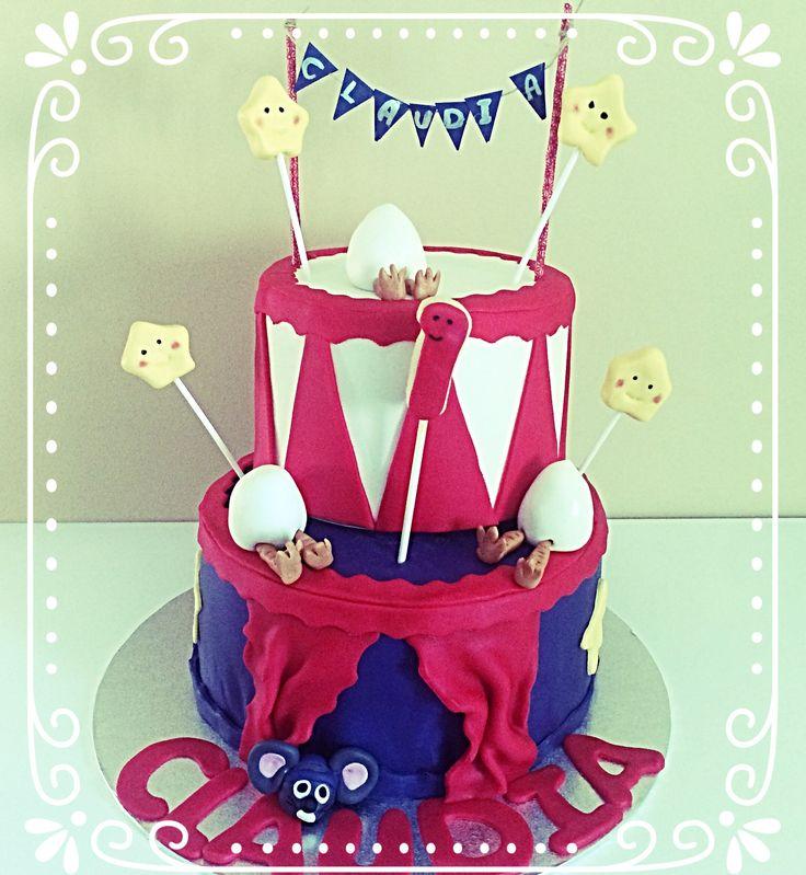Tarta de zanahorias con motivo de circo para el primer cumpleaños de la pequeña Claudia.