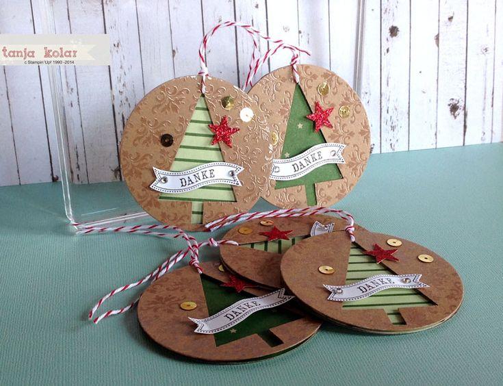 Mit der Stanze Tannenbaum und dem Stempelset Christbaumfestival lassen sich tolle Anhänger gestalten. #Stampinup # Anhänger #Weihnachten