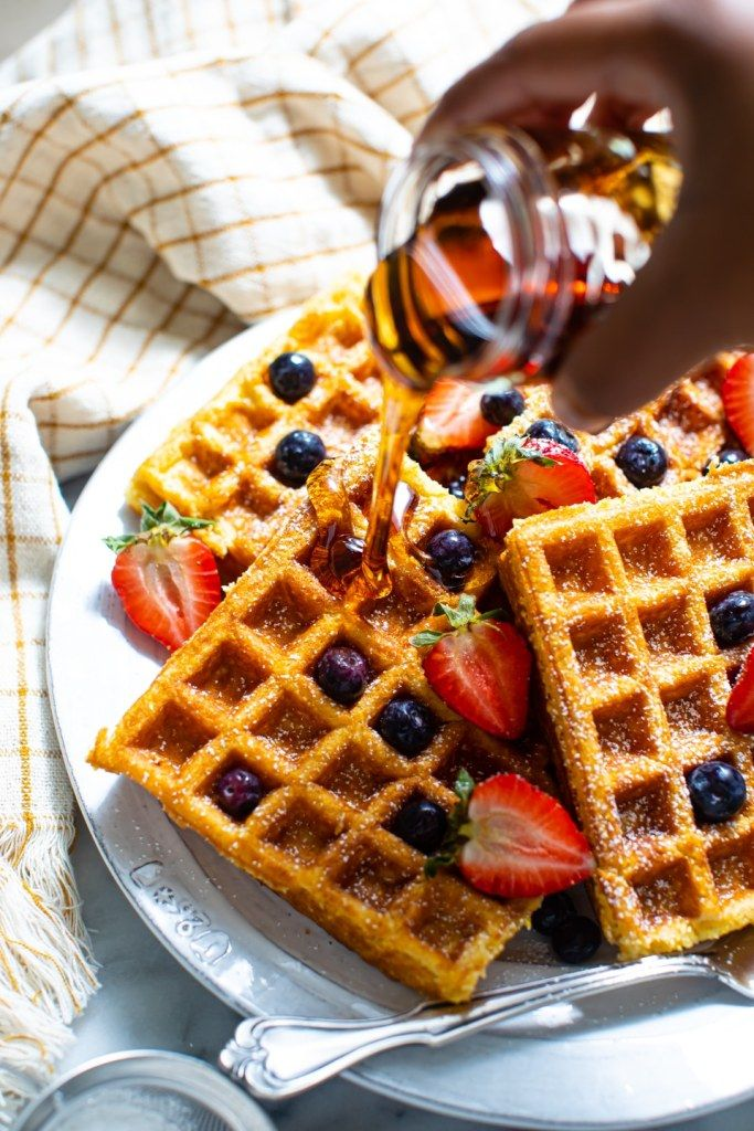 Deliciously Fluffy And Tenderly Crisp Homemade Buttermilk Waffles That Everyone Will Love The Most P In 2020 Buttermilk Waffles Homemade Buttermilk Waffle Ingredients
