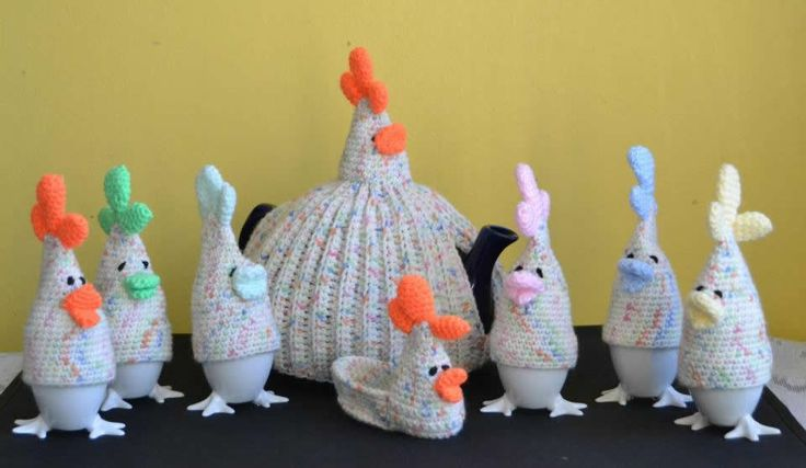 Crochet Chicken Teapot Cosy and Egg Cups