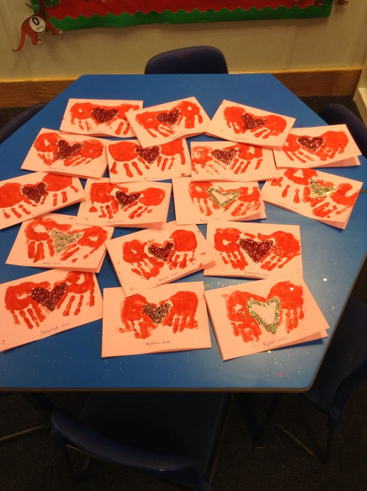 Valentines day cards in EYFS  reception class  early years  Arts and crafts Valentines day