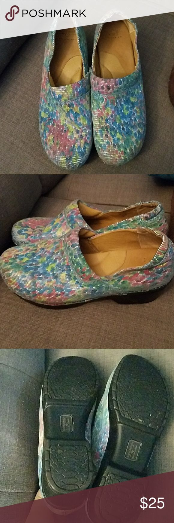 Nurse mate shoes Nurse mate shoes. They are in very good condition. Size 11 Nurse Mates Shoes Mules & Clogs