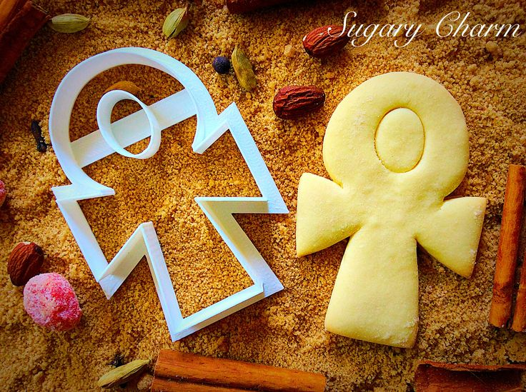 An ancient icon that represents life, our Egyptian Ankh cookie cutter will add…