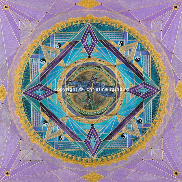 Capung: holds powerful energies, which will assist any process of Spiritual Transformation. Patterns or beliefs that the Soul no longer needs are held as 'Super awareness' before they are consciously recognized by the Human Self. This Mandala works with the Unconscious Self to bring this awareness into the conscious mind so that these patterns can be released.