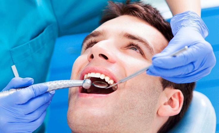 La ortodoncia es una especialidad de la odontología que se encarga del estudio, prevención, diagnóstico y tratamiento de las anomalías dentarias, corregir la posición así como las alteraciones óseas de los maxilares.