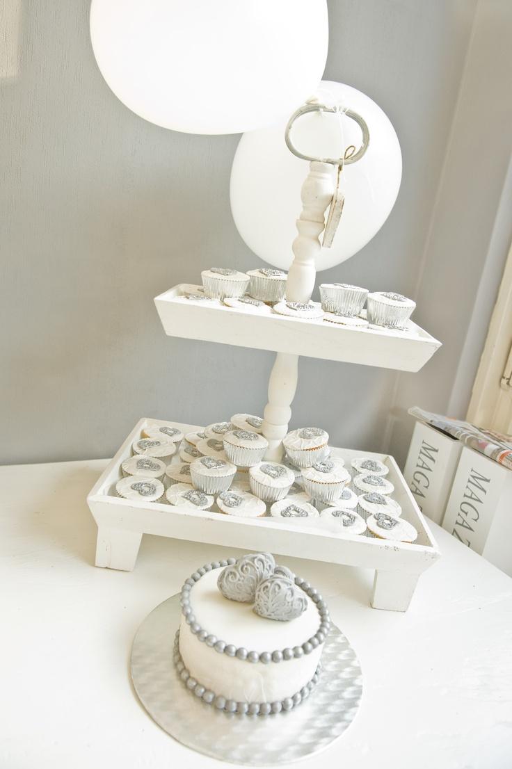 wedding cake, wedding cupcakes, silver and white