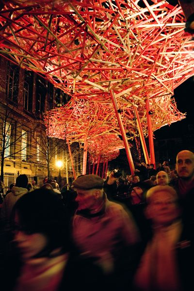 """""""The Sequence bridges the communication gap between people and generates movement in the city."""" The Sequence by Arne Quinze: Sweet, Inspiration, Brussels, Sequences Bridges"""
