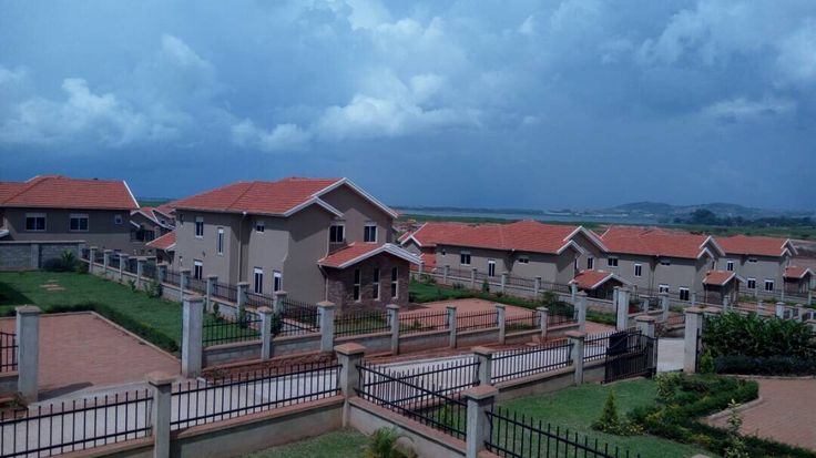 Mirembe Villas - Kigo Uganda. Panoramic Villas, buy your African Villa In the pearl of Africa. flexible payments available.