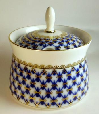 Unusual Lomonosov Jam Jelly Sugar Serving Jar Blue 22kt Gold Bowl Lid Russia