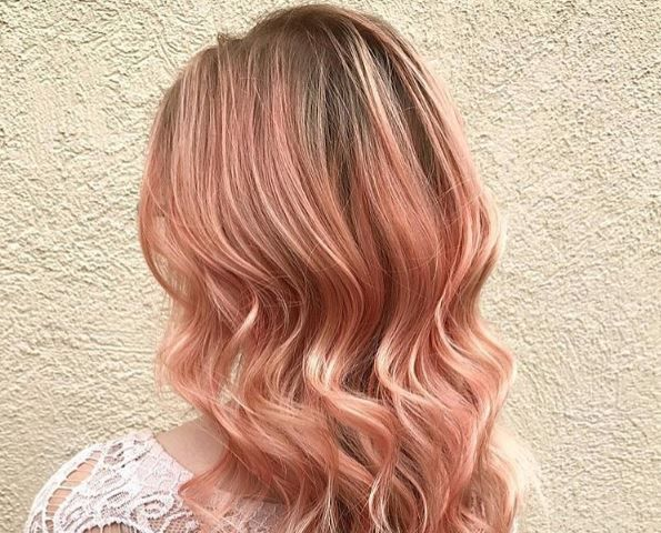 Wave goodbye to the multi coloured unicorn look, and make way for the new smoked peach look. The newest must-have summer hair trend.