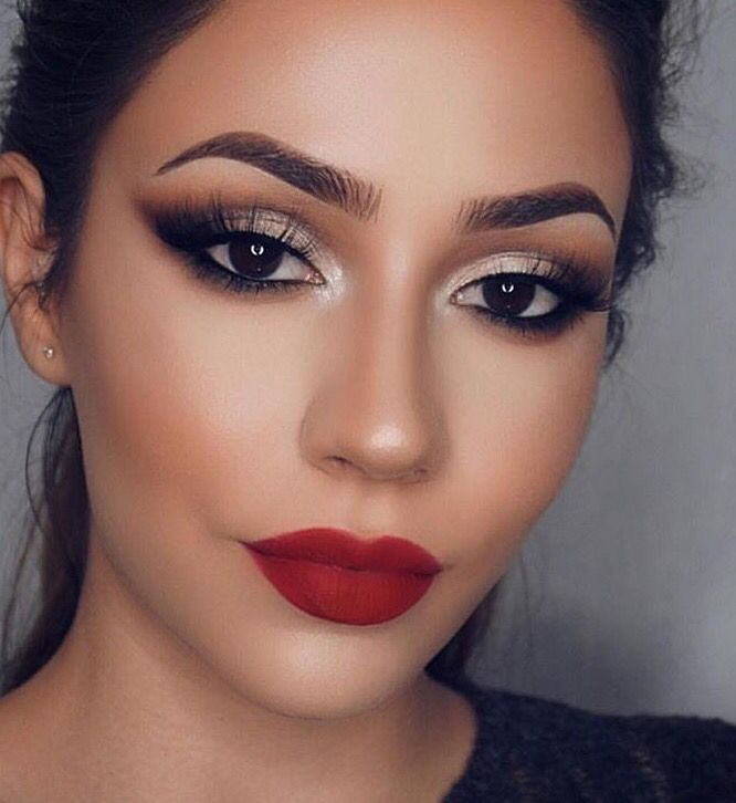 Red Lip & Smokey Eye #EyeMakeupBronze