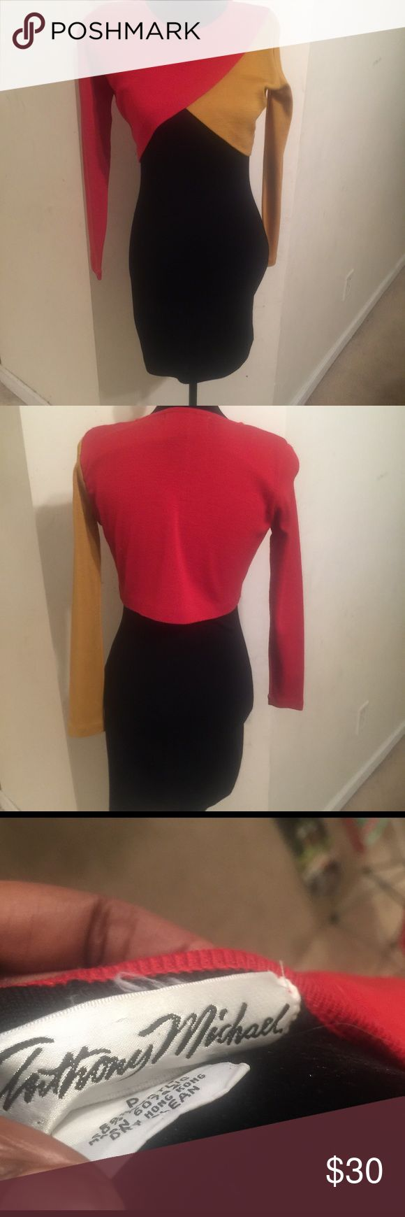 Color Block Bodycon Dress Early 90s style bodycon dress is awesome for any night out! This dress is a petite 6 with a little stretch room. Excellent condition no damage or stains. Anthony Michael Dresses Midi