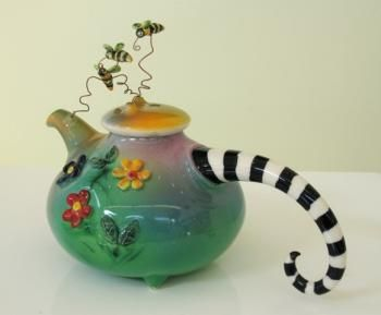 Marion Mewburn, Millers Flat, Central Otago A well known ceramic artist.   http://www.centralotagoarts.com/