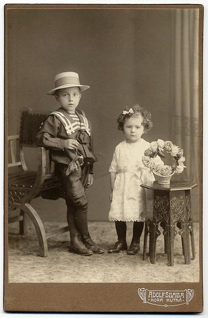 Adolf Silaba, Kutná Hora - Chic KidsKutná Hora, Chic Kids, Adolf Silabas, Cabinets Cards