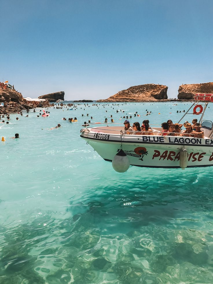 Malta Travel Guide, Blue Lagoon - Sunday Chapter