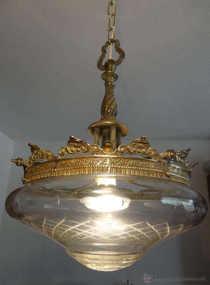 Antigua lampara estilo clasico de bronce laton y cristal - Lamparas cristal antiguas ...