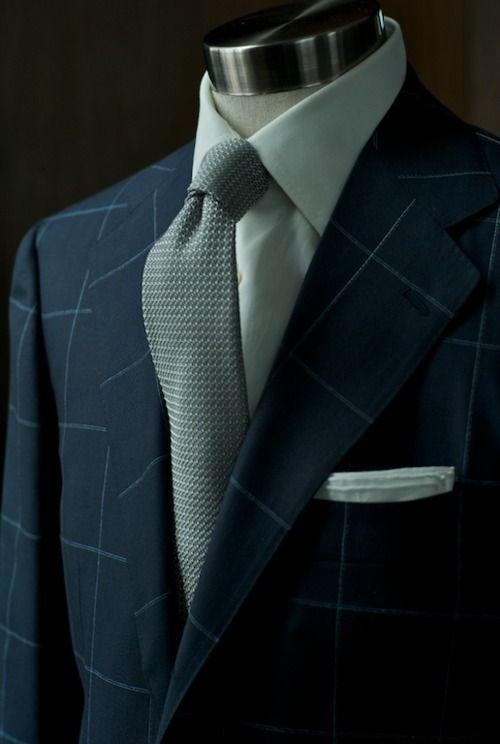 Grey Tie, Pocket square, men's fashion, man's fashion. boy, girl, man, gentleman, fashion for men, men's wear