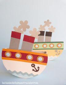 Barcos con cajas de quesitos