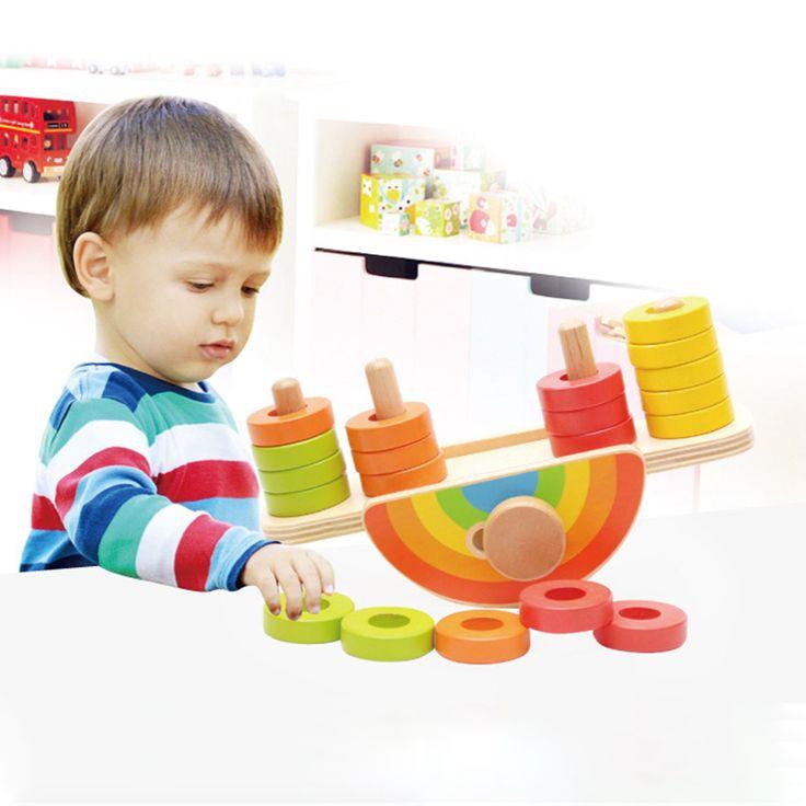 Montessori Spielzeug Baby : die besten 25 holz regenbogen ideen auf pinterest regenbogen holz feder dekor und welle ~ Orissabook.com Haus und Dekorationen